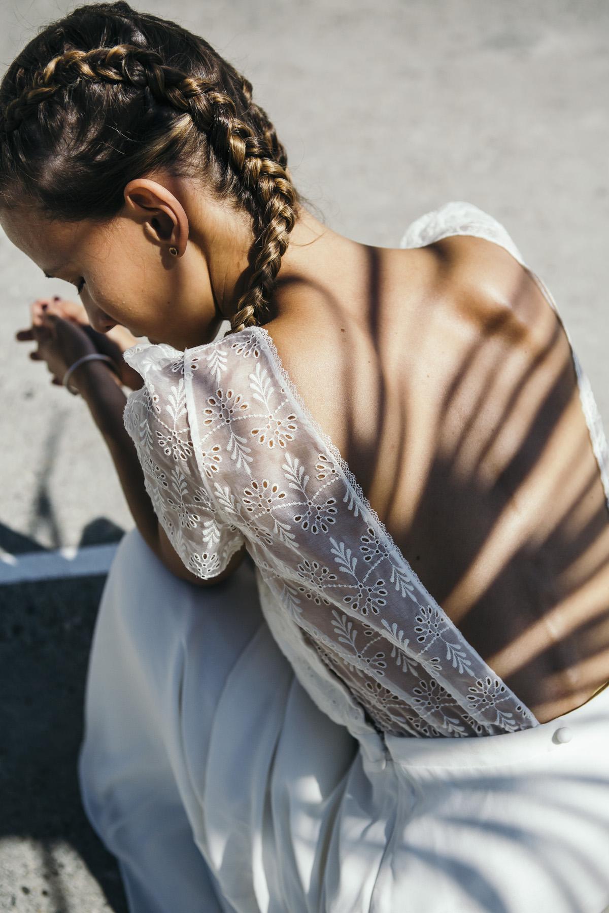 mariage d'une mariée qui a du style avec ses tresses africaines très tendances
