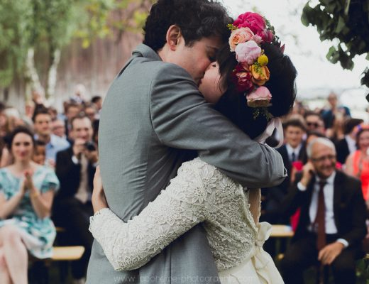 Fleuriste mariage, couronne de fleurs oversize, fleuriste bordeaux, fleuriste pays-basque, fleuriste hossegor