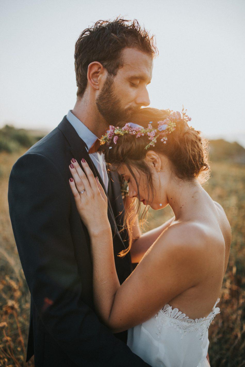 fleuriste-mariage-pays-basque-et-landes-couronne-et-bouquet-de-la-mariee-original-et-boheme